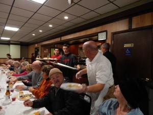 Community raises money for food pantries